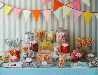 OLD-FASHIONED-CANDY-BAR-WEDDING1