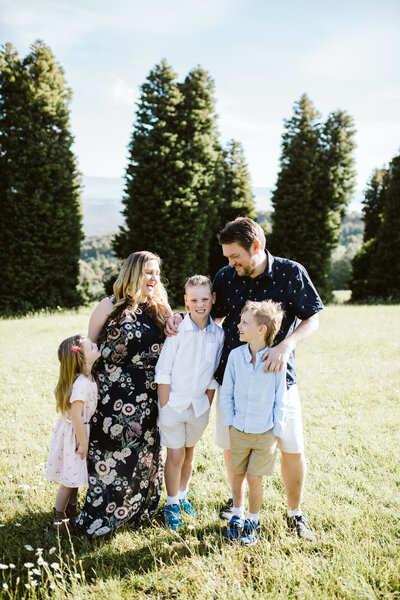 An outdoor family photoshoot with photographer Belle Martin.
