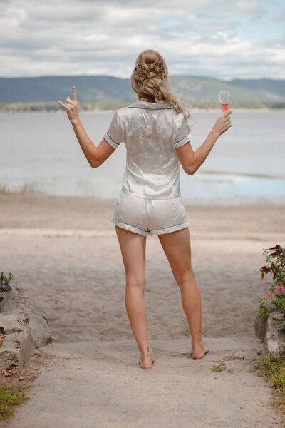 diy-beach-wedding-ottawa-river-357