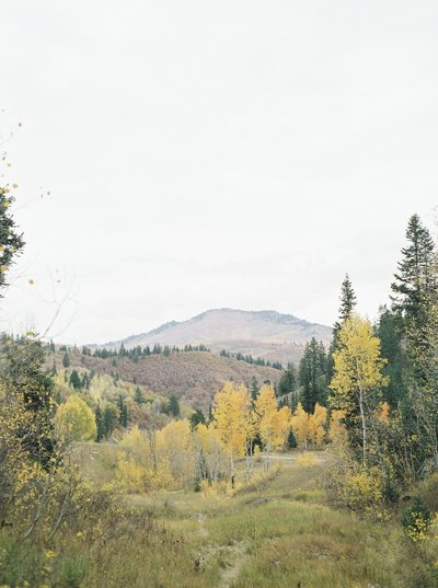 AutumnRomanceEditorial-Utah-Wedding-62