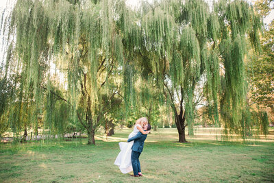 st louis tower grove weeping willow wedding portraits