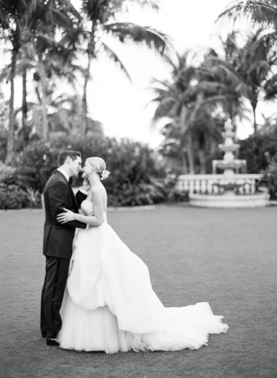 13-KTMerry-weddings-pre-ceremony-portraits-Palm-Beach