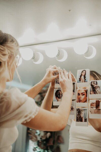 photo inspiration on makeup mirror