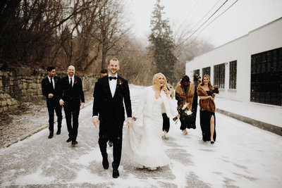 winter-wedding-snowy-portaits