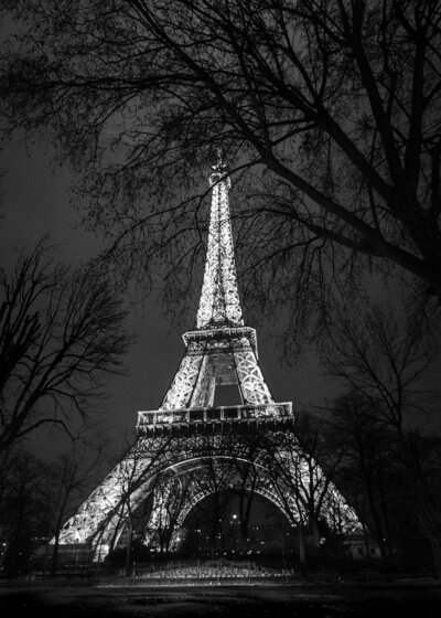 073-kbp-paris-france-eiffel-tower-light-night-2