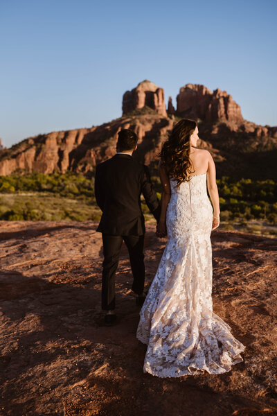 Epic elopement with Cathedral Rock, in Sedona, Arizona