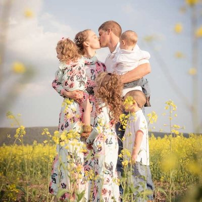 janddstudio-family-photography-harrisburg-farm