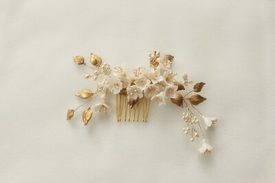 Bride Amber floral comb and hair pin set in gold and blush 0