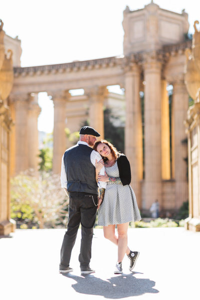 Palace of Fine arts couples portraits after San Francisco City Hall wedding with zoe Larkin Photography