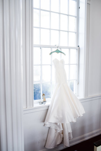 Bridal Gown at First Presbyterian Biloxi MS Wedding