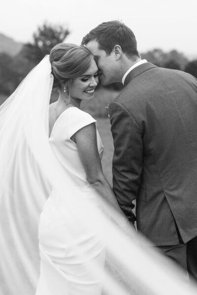 University of Richmond wedding photos full of Southern Charm.