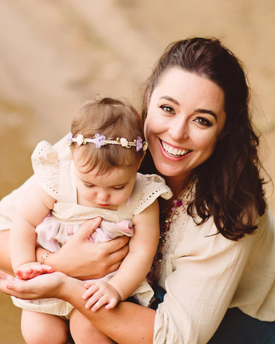 portrait of mother and daughter, charlotte photographer Jamie Lucido