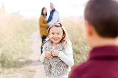 edina-family-little-kids-holiday-card-photos-fall-mini_0004