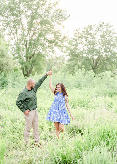 Georgia couple engagement photos in green field