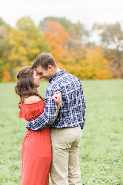 fall-engagement-photos-loren-jackson-photography-40