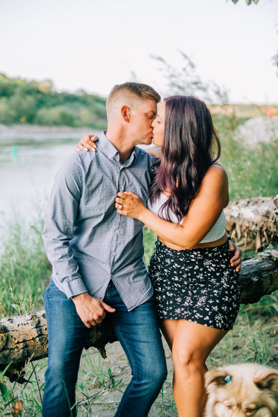 edmonton river valley engagement photographer
