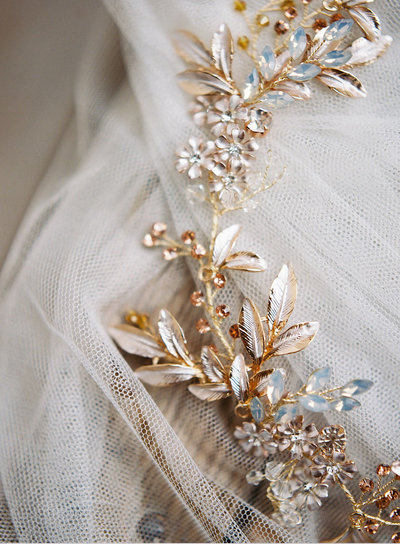 wedding-tiaras-bridal