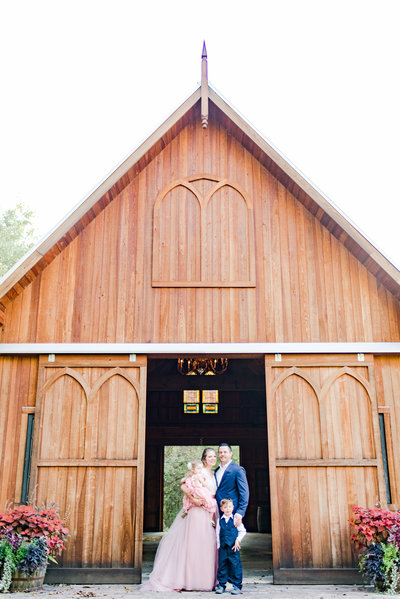 Family Photographer Indianapolis Barn Cait Potter Creative LLC-1