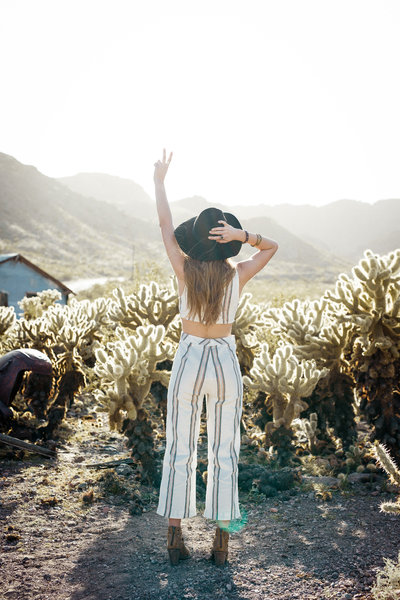 tara-rochelle-california-photographer-senior-pictures-desert-boho