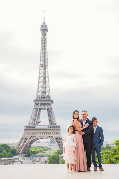 Paula booked a Paris family photoshoot with Shantha whilst on holiday with her family.