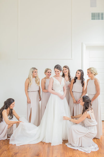 A Classic Southern Wedding At The Chapel At Livingston In Flora, Mississippi