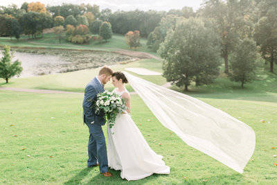 Kim and Steve at their fall Michigan wedding, photography by Grand Rapids wedding photographer Cynthia Boyle