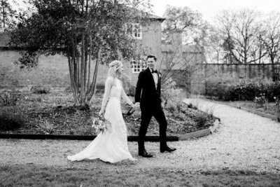 Wedding Photographer in Cotswolds - Flora and Grace