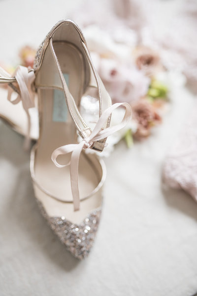 Indianapolis-wedding-photographer-heather-sherrill-details-shoes