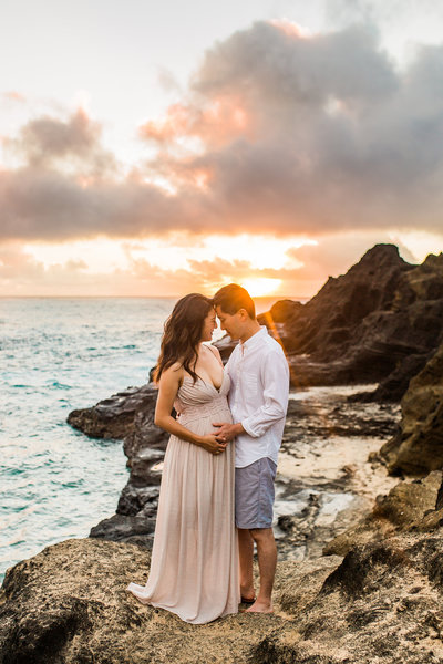 San Diego Cliffs Maternity Session