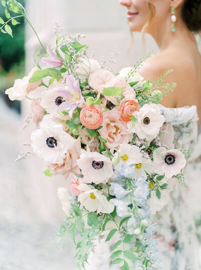 Ethereal and Dreamy Wedding Bouquet for a Romantic and Fresh wedding in Sintra, Portugal by Floral Designer Sofia Nascimento Studios