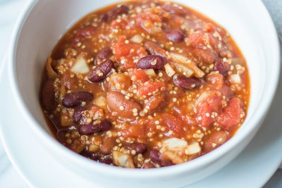 Kelly-Zugay-Wisconsin-Lifestyle-Beauty-Wellness-Blog-Vegan-Slow-Cooker-Chili-Recipe-Photo-9422