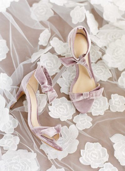 rebecca-clay-wedding-north-carolina-heels-103228795