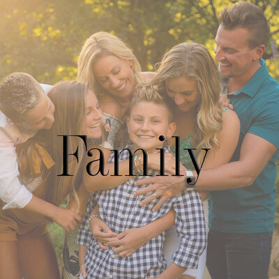Moore Family September 2019-161 homepage square