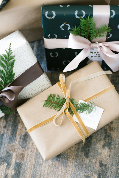 Pretty Smitten Christmas Wrapping Tips -16