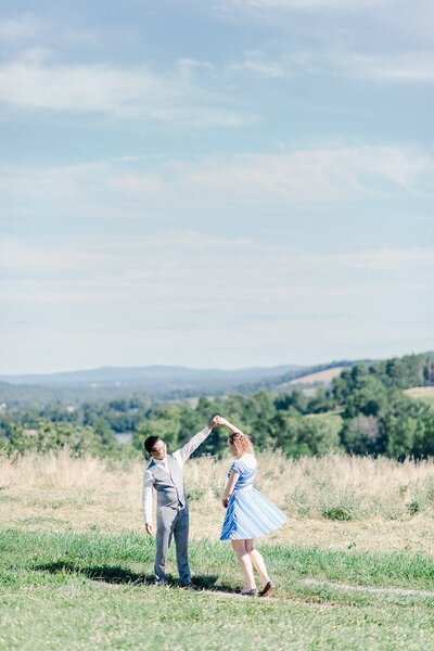 sky-meadows-state-park-engagement-photographer_0022