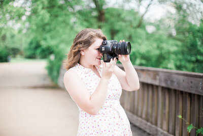Rebecca Clark is a Wedding and Portrait Photographer in St Louis