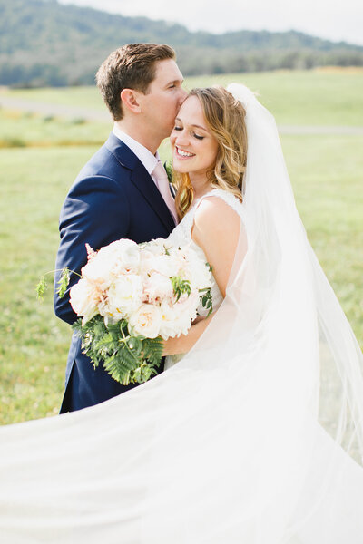 Tara Liebeck Photography Wedding Engagement Lifestyle Virginia Photographer Bright Light Airy103