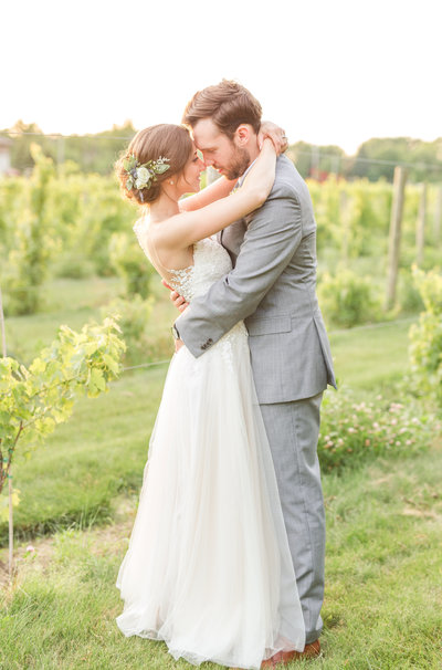 vineyards-at-pine-lake-wedding-allison-ewing-photography-001-1