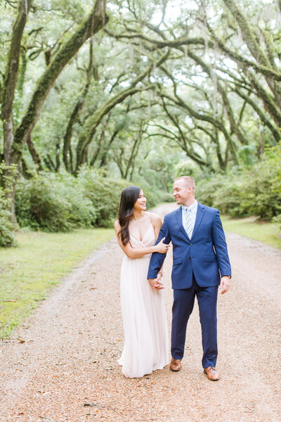 Renee Lorio Photography South Louisiana Wedding Engagement Light Airy Portrait Photographer Photos Southern Clean Colorful15-001