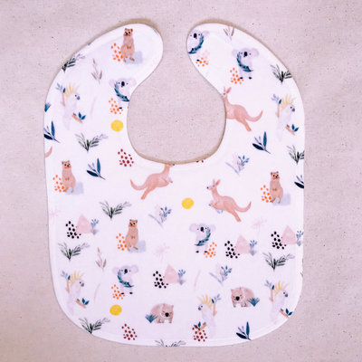 Luxury Australian Animal Kangaroo Quokka Koala Wombat Cockatoo Baby Toddler Bib Gift - Wombat & Friends