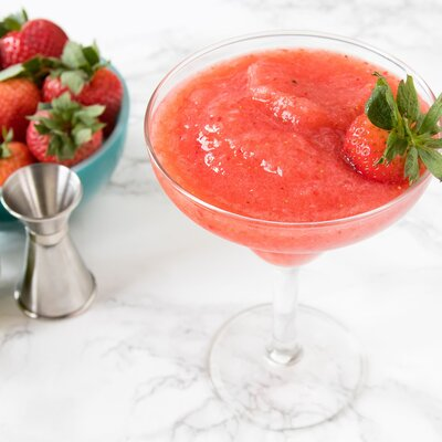 frozen-strawberry-margarita-recipe-760871-002-075a5c06a6e646739171a638d74c408c