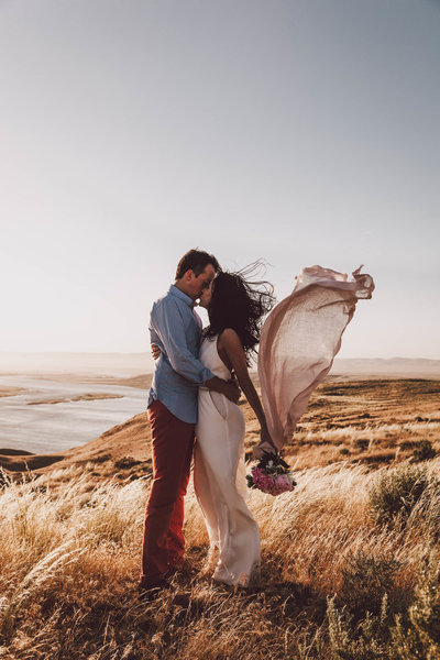 Eastern Washington epic engagement session photos Luma Weddings