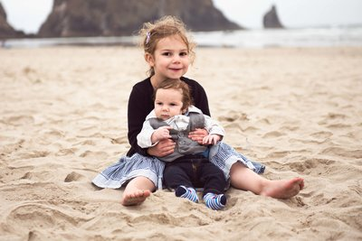 1Louisa-rose-photography-Family-photographer-seaside-Cannon-Beach-oregon-7