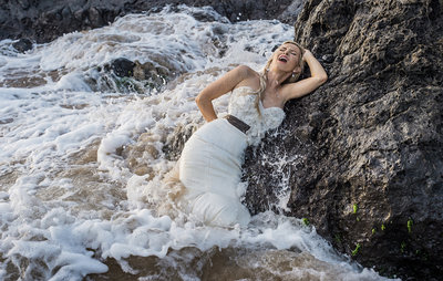 trash-the-dress-maui-fun