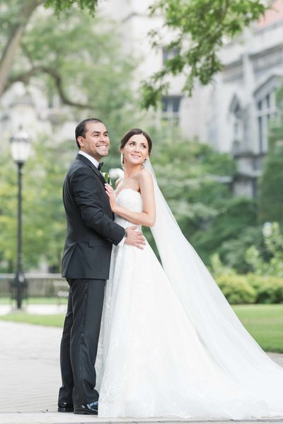 Wedding couple portrait at the university of Chicago campus