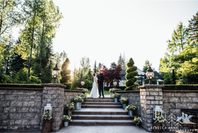 Rock Creek Gardens is a wedding venue in the Seattle area, Washington area photographed by Seattle Wedding Photographer, Rebecca Anne Photography.