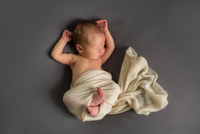 Newborn-Simple-Studio-L-Photographie-St-Louis-06