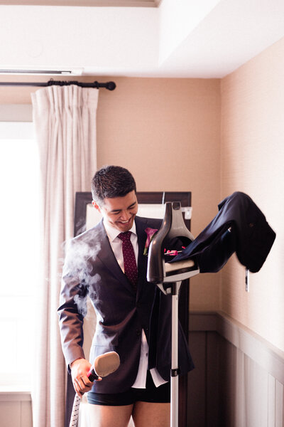 Seattle-Wedding-Photographer-And-Videographer-Edgewater-Hotel-Downtown-38