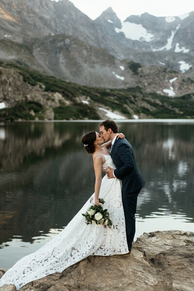 boulder-elopement-photographer