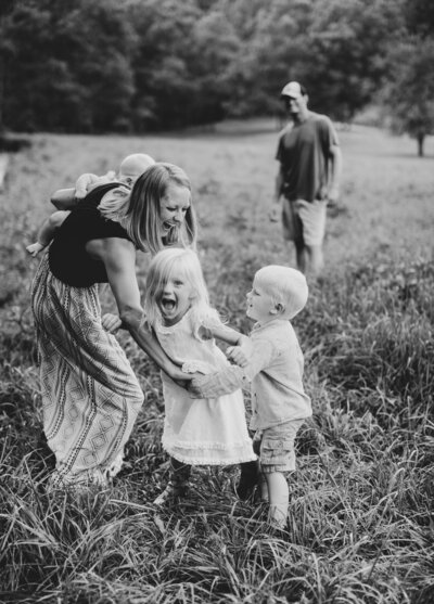 Family photography in Georgia, Florida, and Charleston by Elizabeth Hill Photography